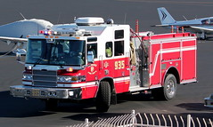 Phoenix Fire Department Engine 935 (ChrisK48) Tags: dvt phoenixaz kdvt phoenixfiredepartment phoenixdeervalleyairport engine935