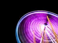 go: (dubbelt_halvslag) Tags: longexposure pink light sky motion blur wheel night canon gteborg long raw nocturnal purple sweden spin schweden gothenburg perspective rosa himmel ferris explore ferriswheel rotation sverige scandinavia ljus g10 explored parishjul lngexponeringstid gteborshjulet