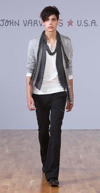 John Varvatos Star USA SS10_009Ethan James(Official)