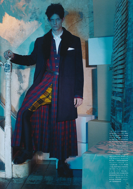 VOGUE HOMMES JAPAN5_018Moritz Laufer