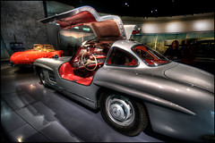 Mercedes 300 SL Gullwing (Kemoauc) Tags: auto classic car museum photoshop germany deutschland nikon stuttgart oldtimer hdr daimler topaz wrttemberg d90 photomatix nikond90 hdrterrorist kemoauc