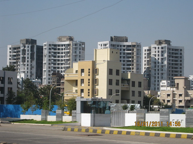 View of Nandan Prospera from Amar Paradigm, on my way to Crosswinds, 3.5 bhk - 4.5 bhk & 5.5 bhk flats at Baner Pune 411 045