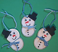 Cute and Easy Snowman Ornaments (pioneer456789) Tags: t y o d c w n s m h f r e l |