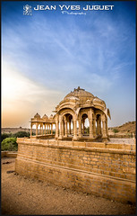 Bada Bagh Cenotaph Jaisalmer (Rajasthan-India) - Cnotaphe de Bada Bagh de Jaisalmer (Rajasthan-Inde) ( Jean-Yves JUGUET ) Tags: india canon asia indian royal asie turban cenotaph pushkar hindu bagh jaisalmer hindi rajasthan inde jodhpur luni bada badabagh rohet hindou thardesert cenotaphs japur cnotaphe udapur bhopa kalbelia jojawar rajuri camelfairpushkar bishnos kabeliya jeanyvesjuguet raibaris