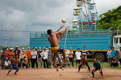 Volley Ball (Florent Lanquetin) Tags: voyage travel travelling sport asia cambodge cambodia volleyball asie southeast mekong kampongcham sudest