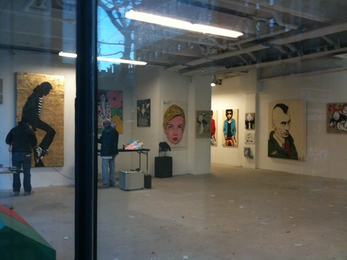 Pop-up art gallery