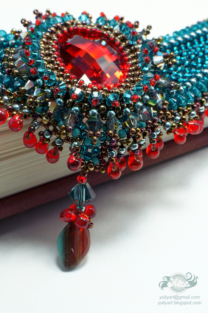 Colors of Fall  necklace by Yuliya Art, centerpiece