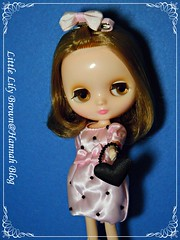 Middle Blythe Little Lily Brown