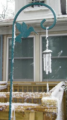 Frozen chimes