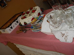niver da Claudia (silvia dias jorge) Tags: familia vintage de cafe bolinhas e caixa da bolo surpresa festa boca jogo mesa torneira anjos cidades americano galinhas manha jujuba bolsinha bandeirola passarinhos xicara toalhas molduras guardanapos depinduricalho