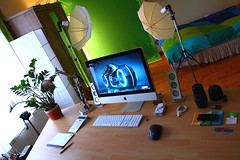 My Desk (Rego - d4u.hu) Tags: studio photography lights diy office webdesign 1855 umbrellas greenbox canon550d