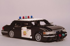 Monster Garage - Cop Car Doughnut Shop - 1998 Ford Crown Victoria