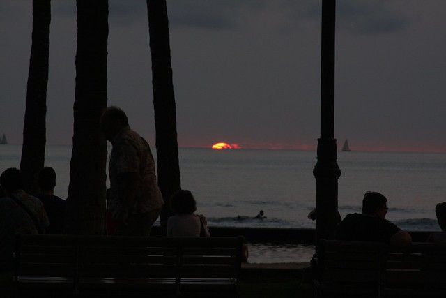 waikiki sunset, christmas 2010