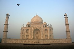 White Monument (io747) Tags: india love nebel magic dream tajmahal agra indien liebe denkmal whitepower morgenstimmung zauber 1001night vanagram