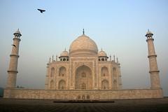 White Monument (io747) Tags: india love nebel magic dream tajmahal agra indien liebe denkmal whitepower morgenstimmung zauber 1001night vanagram