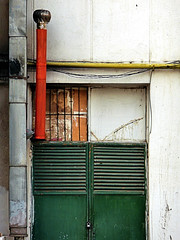 (gulgulas) Tags: door red green yellow iron pipe