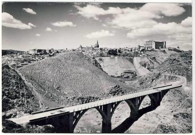 Antiguo puente sobre el Arroyo de la Degollada de Toledo, derrumbado en 1973
