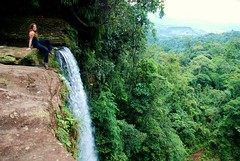 i saw the end of the world at the start of my new life (ma vie en rouge) Tags: southamerica waterfall colombia amazonas cascada américadosul putumayo sudamérica ashleyhill elfindelmundo mocoa