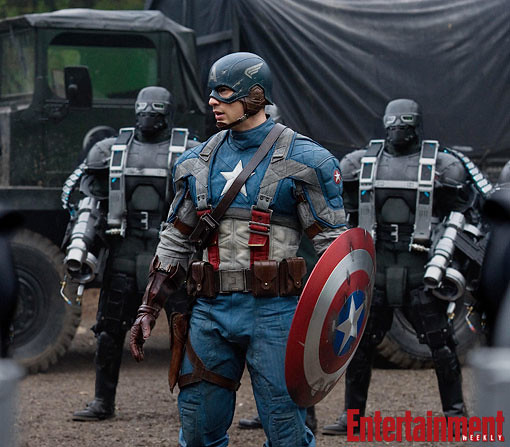 Thumb Photo of Chris Evans in full Captain America suit, including the helmet with wings