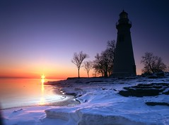 Winter Sunrise at Marblehead (friday1970) Tags: marblehead marbleheadlighthouse lakeerie mamiya645 velvia50 35mmlens 35mmf35 epsonv500 absolutelystunningscapes hitechgnd