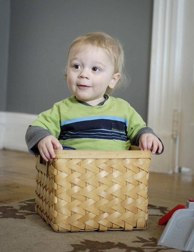basket-baby