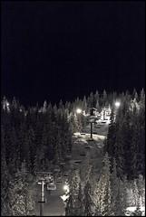 Tryvann (Joaaso) Tags: trees winter snow oslo norway night forest lights evening norge vinter skilift skog lys natt floodlight sn tryvann lightroom kveld trr alpineskiing skiheis flomlys alpint canonef135mmf2lusm canoneos5dmarkii wyller alpintanlegg skiresoort