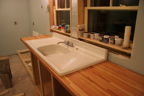 sink is in!!!