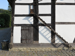 IMG_5312 (jaglazier) Tags: 18thcentury 18thcenturyad 2016 91416 architecture barns bauernmuseum bielefeld buildingmuseums buildings copyright2016jamesaglazier farmhouses farmmuseum germany houses museums september teutoburg teutoburgforest teutoburgerwald thatch woodenbuildings halftimbered thatched timber nordrheinwestfalen