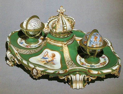 018- Set de escritura 1758-Porcelana de Sèvres-Web Gallery of Art- Wallace Collection, London