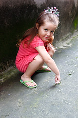 Princesa (Helen Luna) Tags: portrait girl canon child retrato fantasy fantasia criana menina t1i