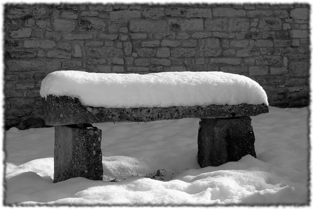 yonne sennevoy le bas banc neige