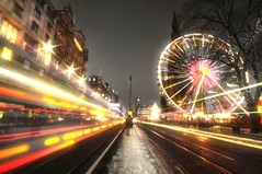 Edinburgh Glows at Christmas (Semi-detached) Tags: christmas street xmas sky bus wheel lights big nikon edinburgh long exposure glow streak fairground princes semidetached d300
