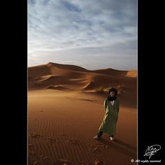 Feeling the desert (Moments by Xag) Tags: sand desert dune arena morocco arab arabe desierto turban duna marruecos touareg turbante xag