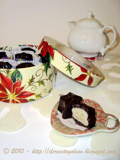 Cioccolatini ripieni alle mandorle (1)