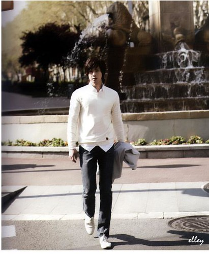 "Kim Hyun Joong ""Ready, Action!"" Spain Photobook 15"