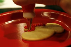 icing a sugar cookie