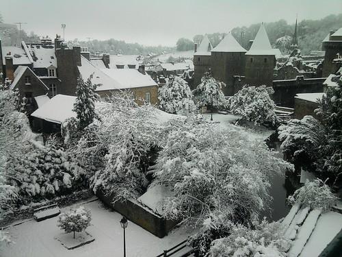 Le château de Fougères sous la neige