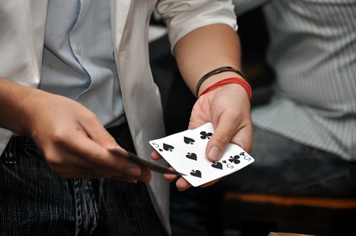 magician cards @ Bull Dog