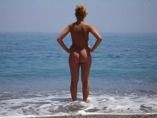 topless candid beach girls nudes pics: nudebeach