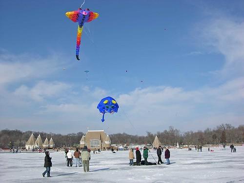 Winter Kite Festival 2006 huge blue meanie