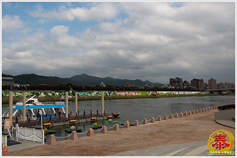 2011.01.01 花博02 - 大佳河濱公園-13