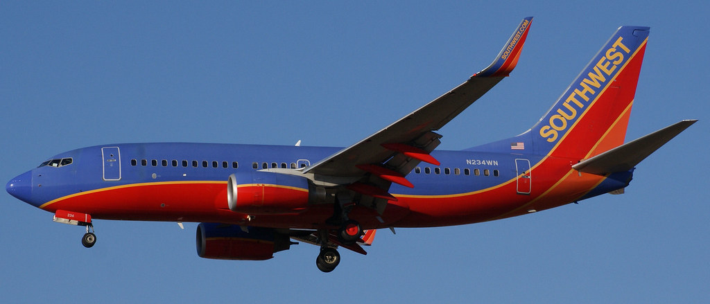 Southwest Airlines Boeing 737-700 N234WN