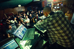 D Styles, Bluntclub (awallphoto) Tags: arizona music iso3200 concert dj d live stage crowd wide wideangle az olympus turntables record styles ft hiphop zuiko f28 f4 tempe 43 e5 shg 7mm ultrawideangle zd 14mm fourthirds awall yuccataproom bluntclub 714mm concertlighting aaronwallace arizonahiphop awallphoto