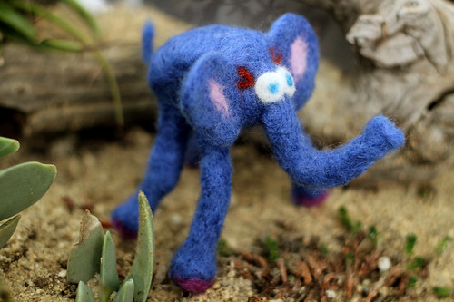 Felted Elephant in the Wild!