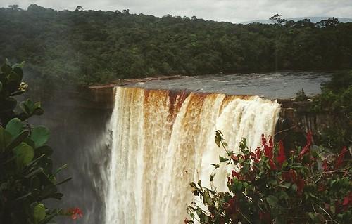 Majestic Kaietur falls (Guyana 2001)