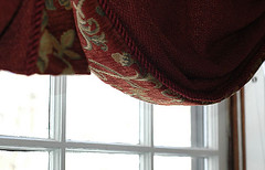 Dining room valance (kizilod2) Tags: red cord sewing rope fabric shade windowtreatment chenille valance cording