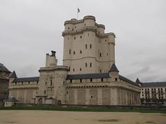 Chteau de Vincennes , Paris (Alexanyan) Tags: city paris france castle de french europe capital royal chapel chteau vincennes medievel anawesomeshot