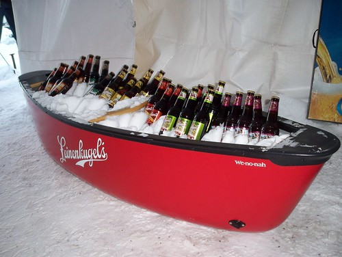 Leinies in Canoe
