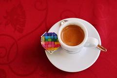 Espresso (zinnia2012) Tags: espresso coffee coffeecream red caf rouge cloth zinnia2012 cup tasse