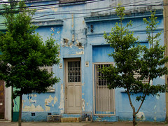 Casa Azul (Gijlmar) Tags: brasil brazil brasilien brsil brasile brazili portoalegre  riograndedosul amricadosul amricadelsur southamerica amriquedusud cidade city urban porta deur dvee tr door puerta porte drzwi